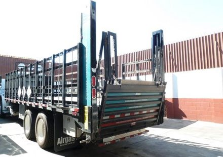 Lift Gate in Gas Cylinder Truck
